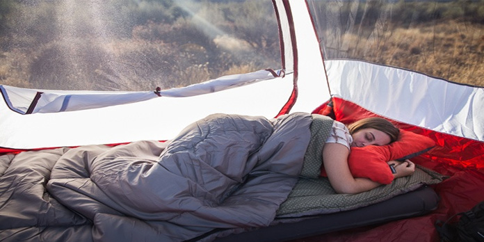 sleeping-in-camping